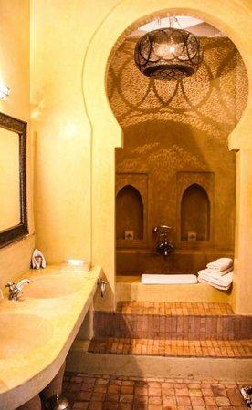 AnaYela: Bathroom Suite