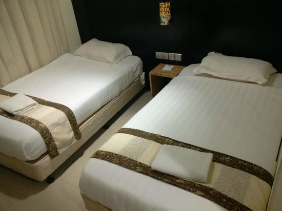 Hotel Bahagia: Pick your own bed