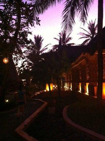 Novotel Lombok Resort and Villas: on the way to restaurant/beach area