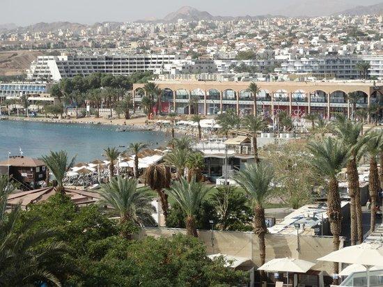 Leonardo Plaza Hotel Eilat: Вид на Эйлат с балкона номера