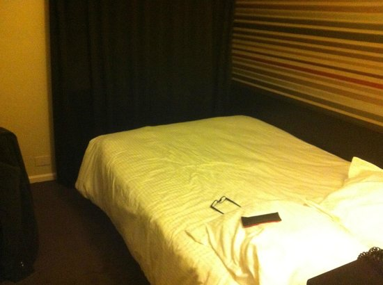 Queen Anne Hotel : Single room