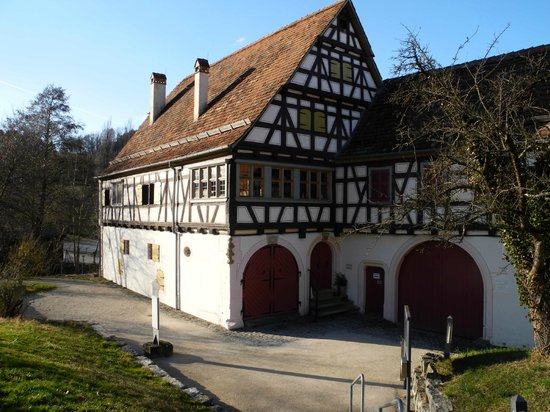 Freilichtmuseum Beuren: In diesem Haus gibt es ein Restaurant und auch eine Gartenwirtschaft