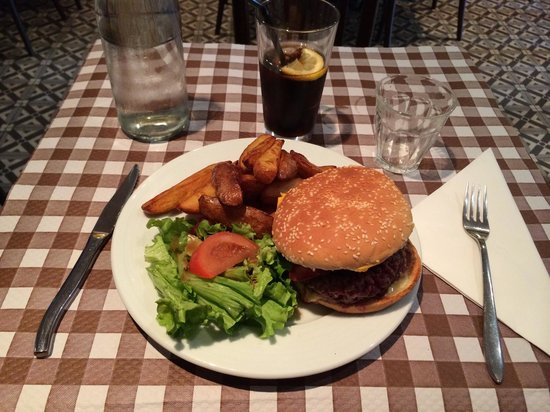 elephant-burger.jpg