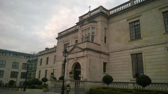 Radisson Blu St. Helen's Hotel, Dublin: Main entrance
