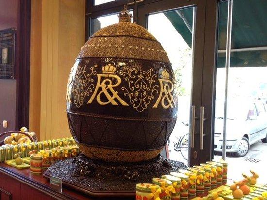 Rausch Schokoladenhaus: Riesen-Osterei
