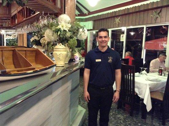 Restaurante Los Remos Lázaro: JAVIER