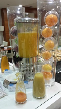NH Valencia Las Ciencias: juices
