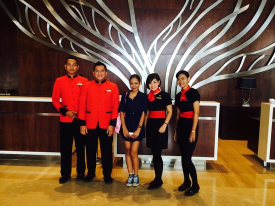 Swiss-Belhotel Harbour Bay: Friendly concierge and front office staffs.