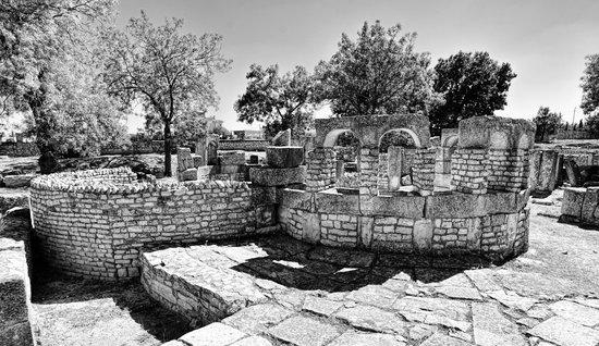 Maktaris : Baths of Juvenes