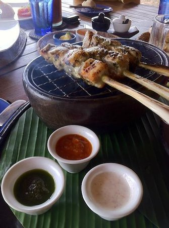 Cocos Beach Restaurant, Novotel Bali Benoa : table grill Jimbaran style