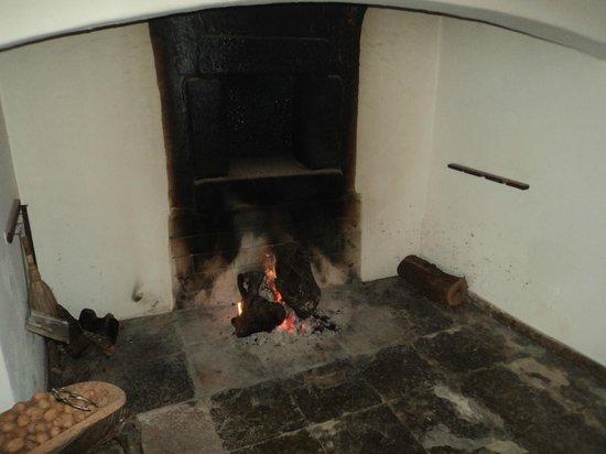 Monte do Serrado de Baixo: cheminée