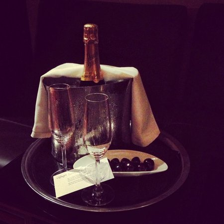 Hotel Urban: Urban Hotel - celebration champagne