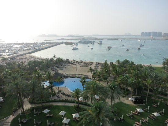 Le Meridien Mina Seyahi Beach Resort and Marina: View from the room.
