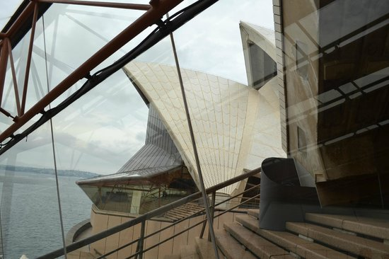 Sydney Opera House: see all od the opera house and understand it