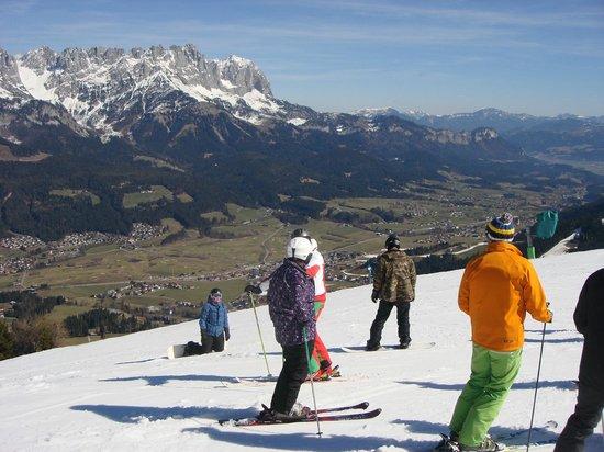 SkiWelt Wilder Kaiser - Brixental : View into Ellmau