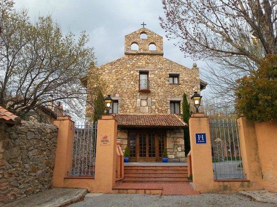 Hotel El Rancho: la entrada al hotel