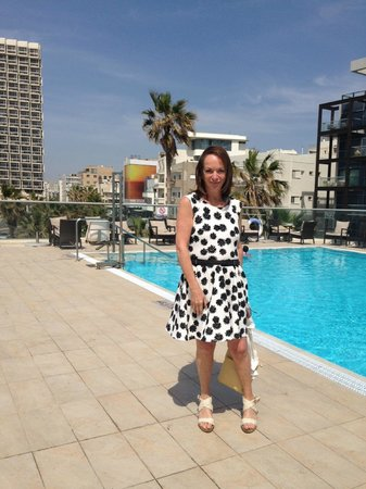 Sheraton Tel Aviv Hotel: Hotel swimming pool