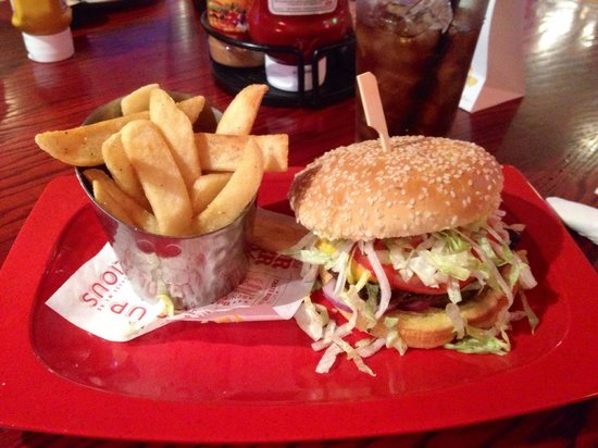 Red Robin Gourmet Burgers: Gourmet Burger