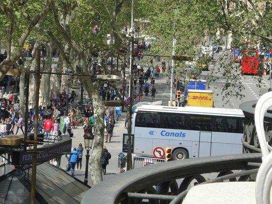 Hotel Continental Barcelona : otra vista desde el balcón