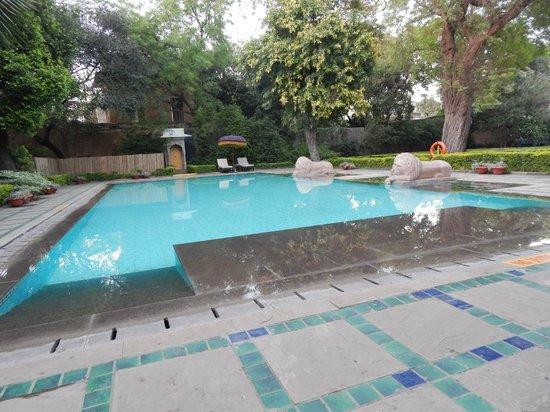 Usha Kiran Palace: Pool
