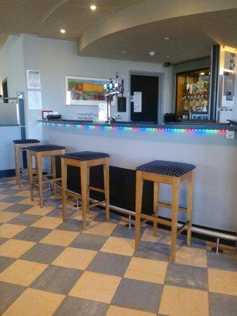 Ibis Bradford Shipley: Bar Area