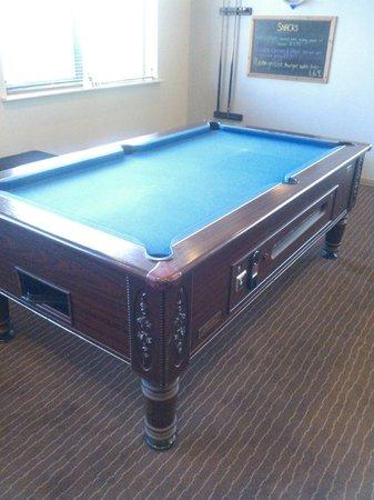 Ibis Bradford Shipley: Pool Table