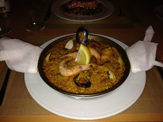 La Parrala Paella Resto Bar & Live Music: Individual Seafood Paella