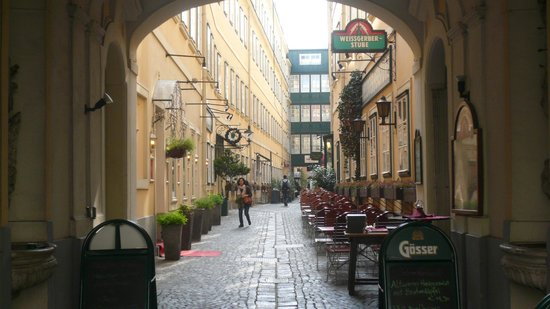 Mercure Grand Hotel Biedermeier Wien: Passage