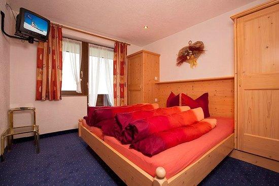 Appartementhaus Längenfeld: Zimmer