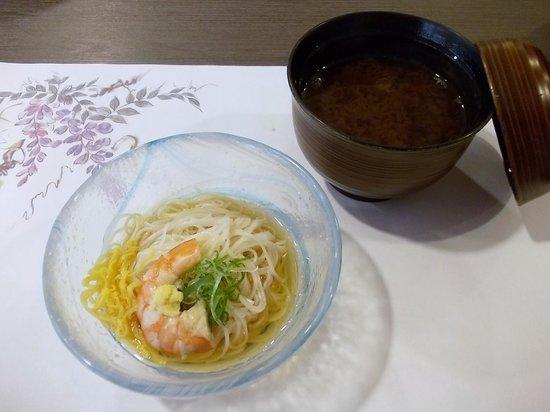 Fulets Awajiso: 夕食(冷鉢:淡路島産素麺、海老、錦糸玉子、葱、おろし生姜)