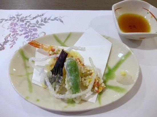 Fulets Awajiso: 夕食(油物:海老変わり揚げ、茄子、青唐、さつま芋)