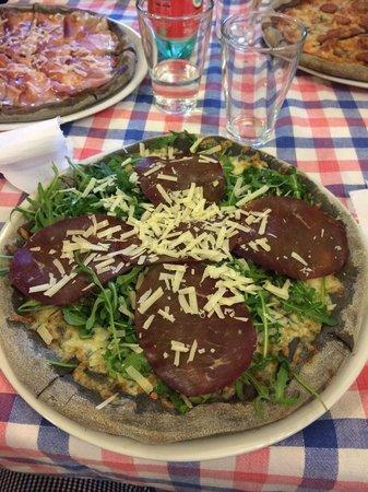 Ristorante pizzeria da brontolo in roma con cucina pizza e pasta - Pizzeria con giardino roma ...