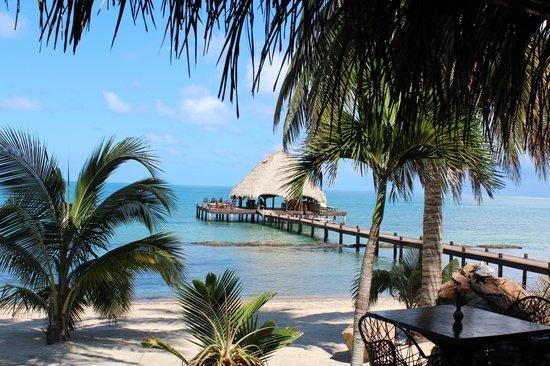 Robert's Grove Beach Resort: Pier Bar