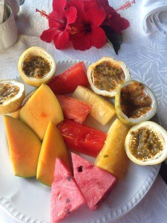 Excellence Punta Cana: Самые вкусные фрукты: чинола и папая