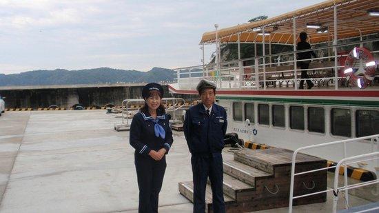 Miyako Jodogahama Boat Cruise : 船を沖に避難させた船長と、名物ガイド