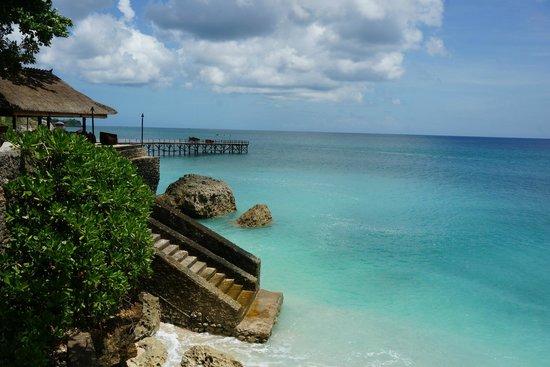 AYANA Resort and Spa Bali : オーシャンプールからの眺め