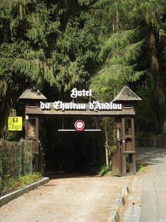 Hotel-Restaurant du Chateau d'Andlau: Entrée de l'hôtel