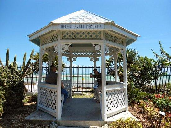 Key West Garden Club: sitting area at the garden