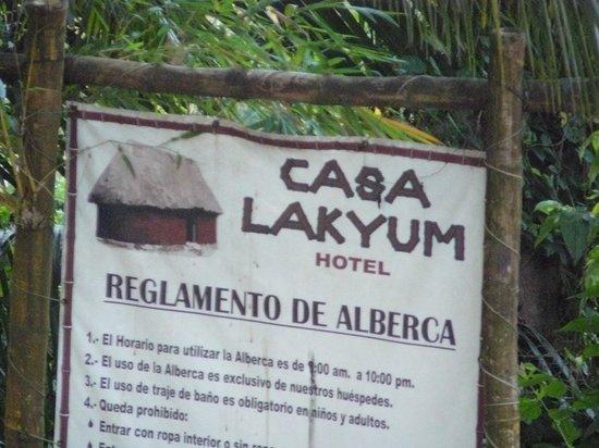 Casa Lakyum: No son cabañas, son habitaciones adosadas ;)