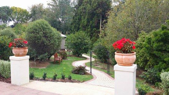 Spa Di Vine: outdoor sitting