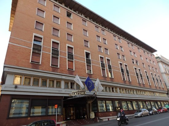 FH Grand Hotel Palatino: Front of the Palatine Grand Hotel.