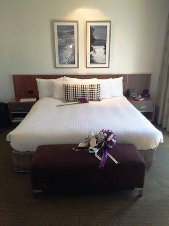 Crown Promenade Perth : bedroom