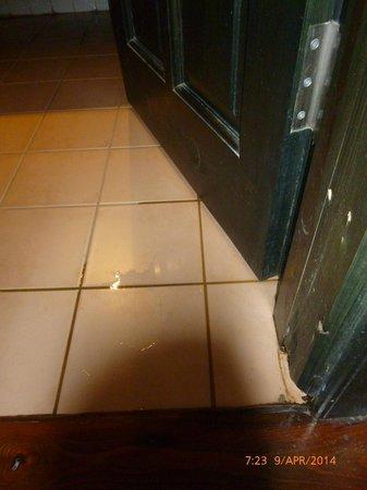 Hotel Akay : Wasser lief bis ins Zimmer