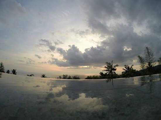 The Puncak: Sunset from the pool