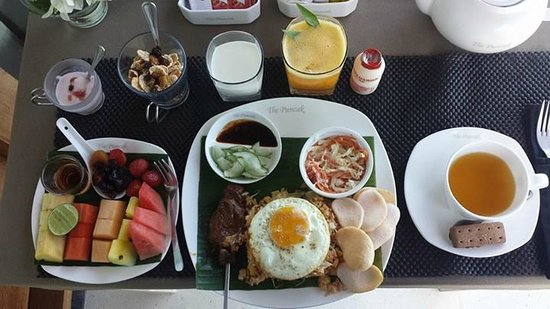The Puncak: Breakfast spread. Yummmm