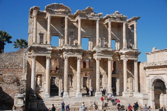 Ruinen von Ephesos: Библиотека Целсиуса