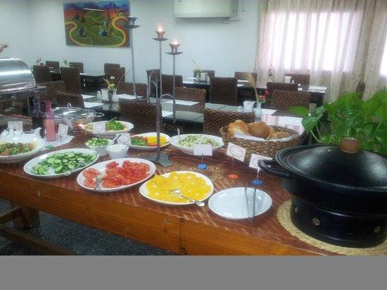 Hotel Drachim: Breakfast buffet