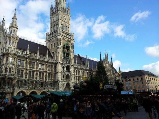 Marienplatz: mercatini di natale 2014
