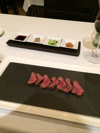 Restaurant Montiel: Try all sauces with this meat