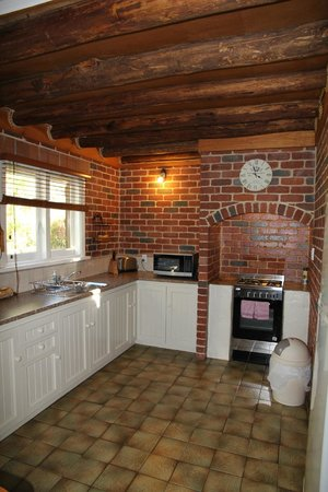 William Bay Country Cottages: Kitchen
